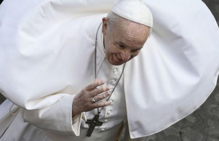 البابا فرنسيس: أجساد النساء شاهدة على تجارب مأساوية