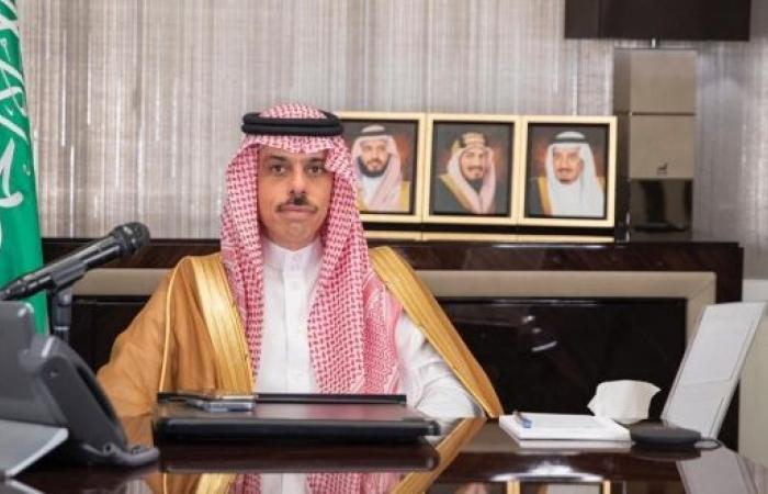 وزير الخارجية يستعرض العلاقات الثنائية ومستجدات المنطقة مع نظيره الأمريكي