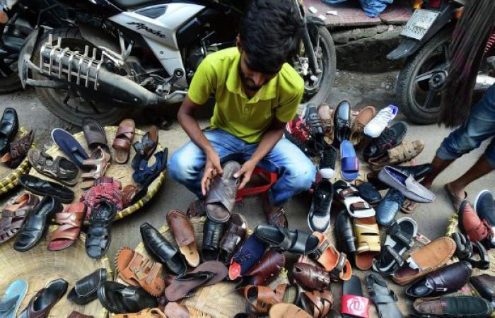 قرار في تونس يلزم بإجراء تحاليل للأحذية
