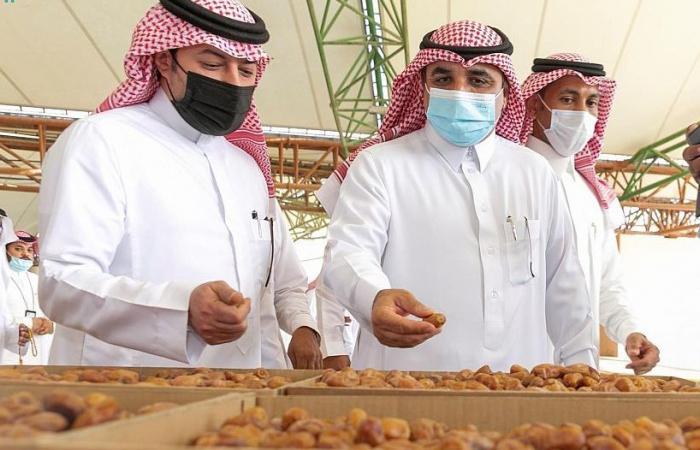 انطلاق مزاد موسم صرام تمور الأحساء.. تعرف على الأسعار