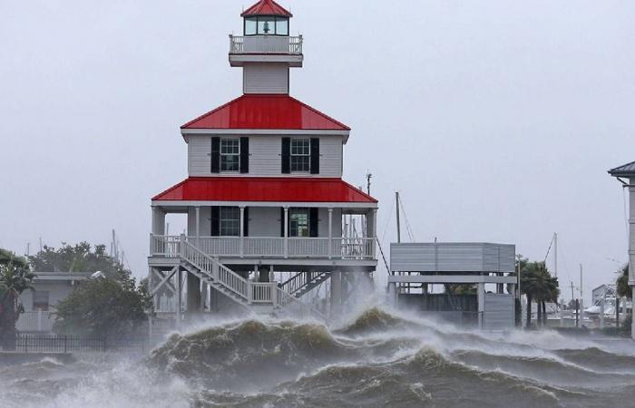 إعصار إيدا.. 36 شخصًا ضحايا الأمطار الغزيرة على الساحل الشرقي للولايات المتحدة