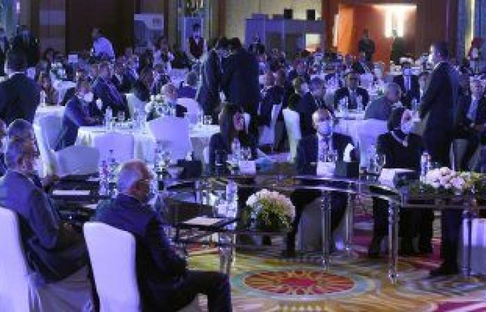 تكريم الراحلين حسب الله الكفراوى وحسين صبور خلال ملتقى بناة مصر