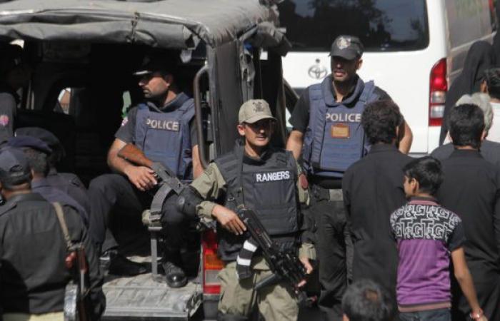 مصرع 7 أشخاص من أسرة واحدة بعد سقوط سيارتهم في نهر بباكستان