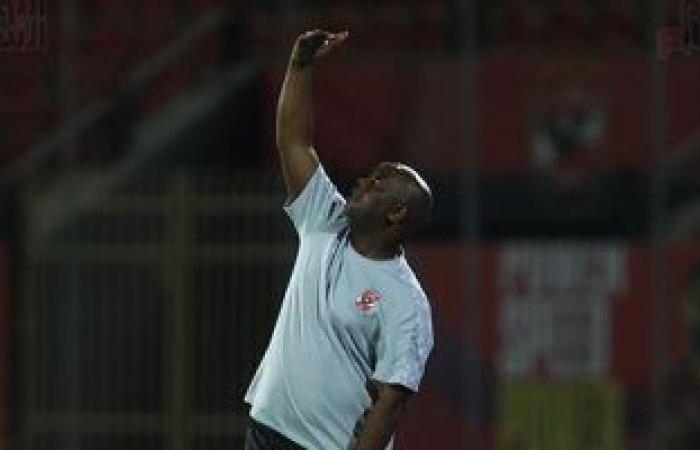 موسيمانى يطلب من جهاز الأهلى إعداد تقرير عن اللاعبين الدوليين