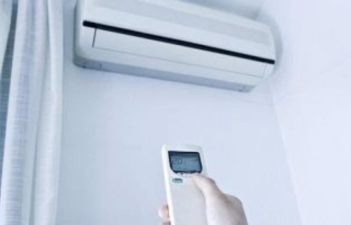 """عدل وضع استخدام التكييف خلال فصل الخريف لـ""""المروحة"""" لتقليل فاتورة الكهرباء"""