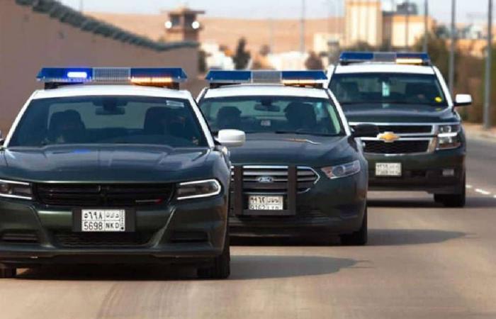 شرطة الجوف توقف مقيمين نشرا فيديو في أحد تطبيقات التواصل الاجتماعي