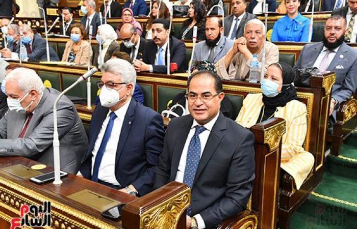 أبو هميلة رئيسا لبرلمانية الشعب.. ورئيس المجلس يدعو الأحزاب لإخطاره بأسماء ممثلي هيئاتهم.. صور