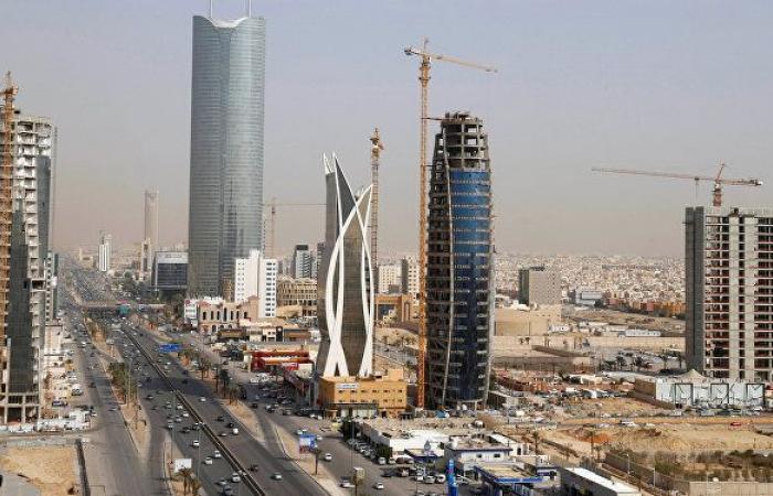 السعودية تطلق تحذيرا للوافدين بشأن العمل في المملكة