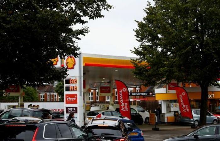 بريطانيا... الجيش يبدأ توزيع الوقود على المحطات يوم الاثنين