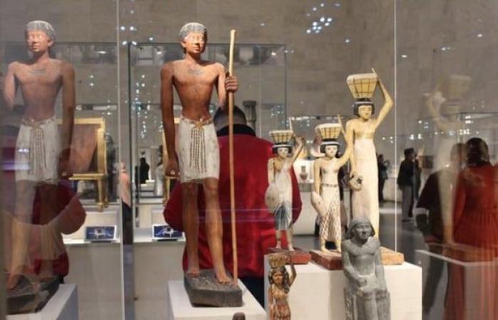 مصر تسترد من بلجيكا تماثيل أثرية مهربة... صور