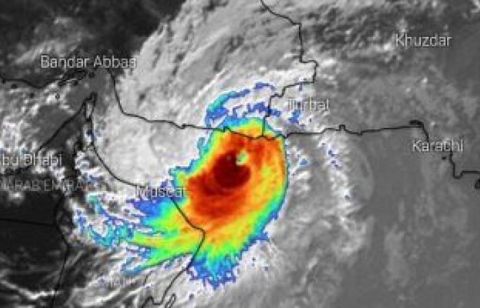 هل تتأثر مصر بالإعصار شاهين؟.. هيئة الأرصاد الجوية ترد