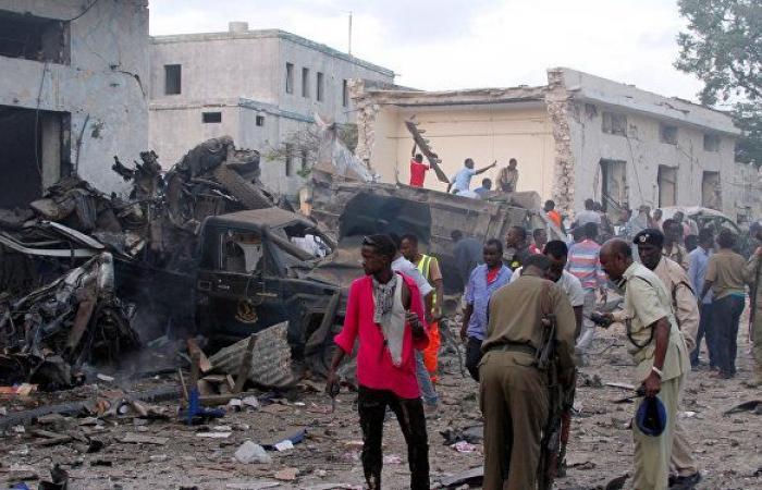 مقتل مسؤول كبير في المخابرات الصومالية مع 12 عسكريا بتفجير في العاصمة مقديشو