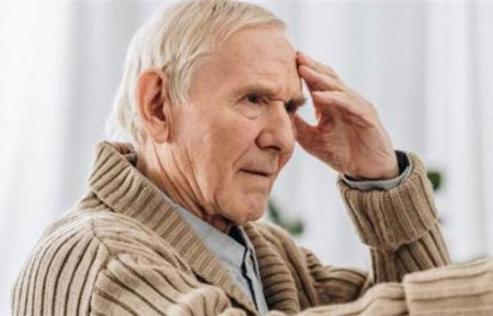5 أعراض مبكرة تنذر بضرورة علاج مرض الخرف
