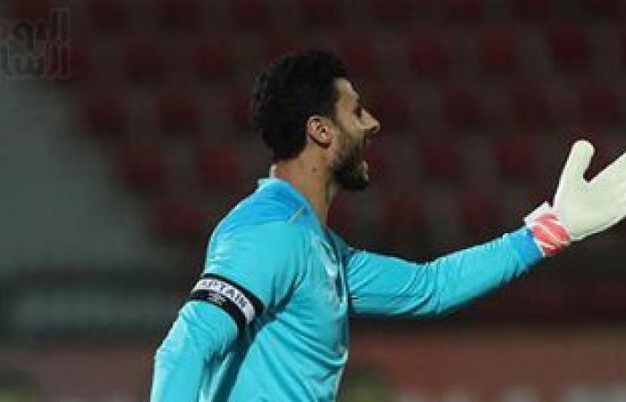 شوبير: الشناوى خاض مباراتى ليبيا مصابا.. وعلاقته بالحضرى احترام مفيش استلطاف
