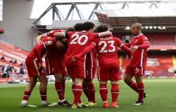 ليفربول يجدد عقد نجمه الشاب