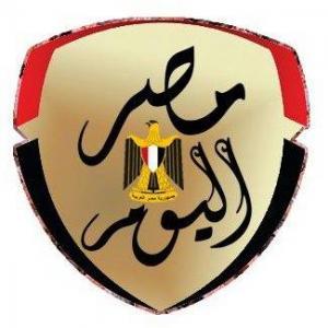 يسرا ومنال سلامة تقدمان العزاء لأحمد سعيد عبد الغنى